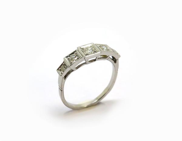 Bague Jarretière Or blanc et diamants