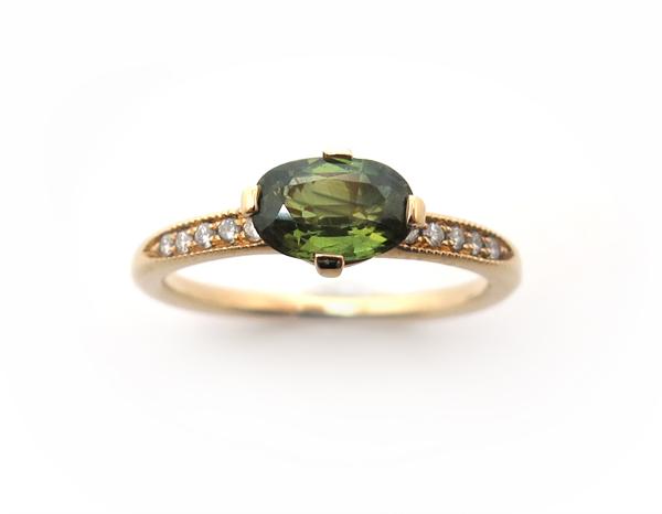 Bague de fiançailles saphir vert
