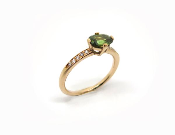 Solitaire en saphir vert Or rouge et diamants