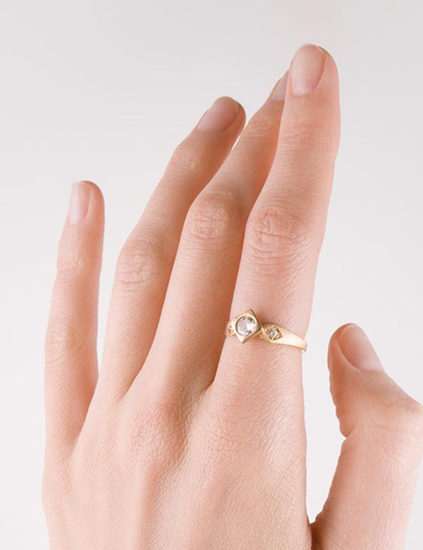 Bague de créateur or et diamants