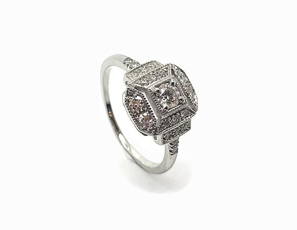 Bague de fiançailles Art Déco Octogonale Or blanc et Diamants